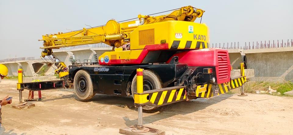 25 ton crane KATO KR 250 rental in Bangladesh